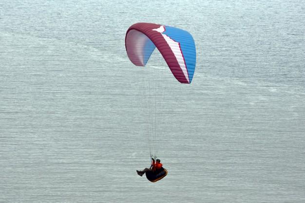 o-paraquedismo-como-esporte-e-o-tunel-de-vento